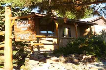 Flaming Gorge Resort